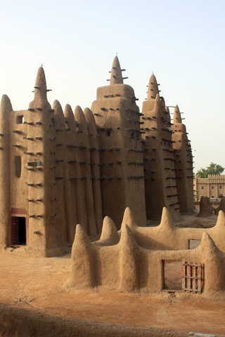 Minaret of a traditional mosque in Mali Photo by Tiziano Casalta