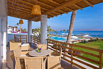 This is the view from a Superior Ocean View unit at Hotel Paracas in Peru.