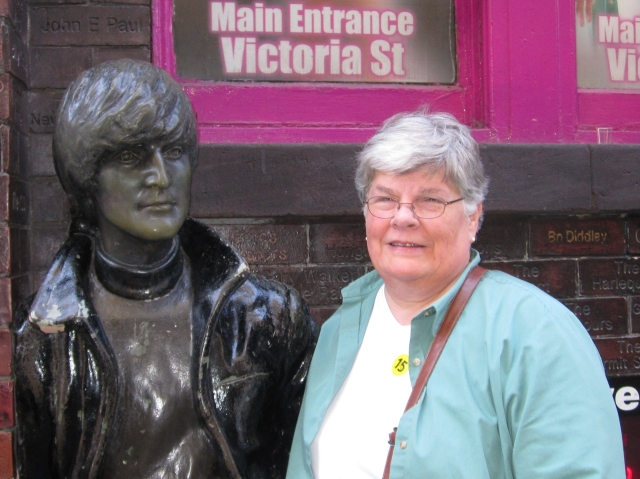 Here I am for a selfie with a bronze John Lennon in Mathew Street.