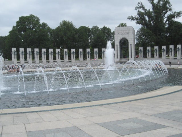 View across the plaza towards the Atlantic arch. Photo by J. Emmons
