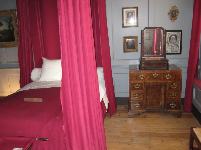 Handel's bedroom at 25 Brook Street, London. Photo by J. Emmons